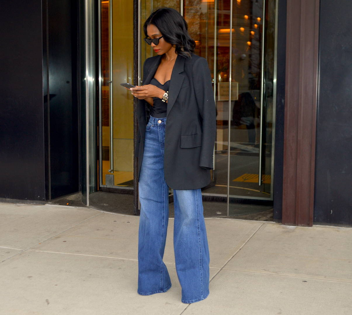 Wide leg jeans with oversized blazer