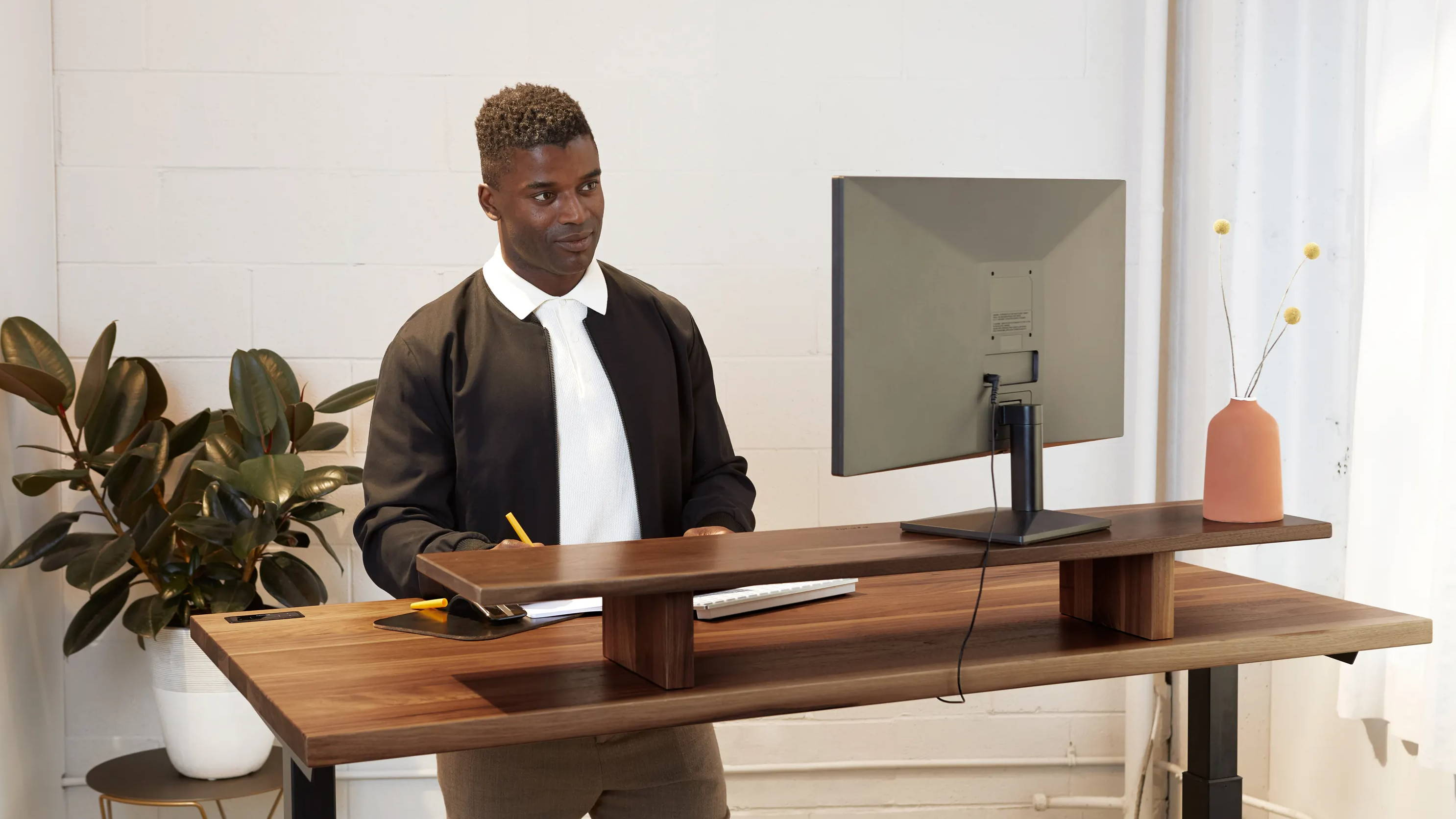 How To Use A Standing Desk Correctly Full Tutorial Ergonofis