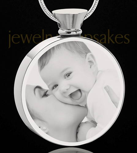 Photo Engraved Round Stainless Steel Cremation Jewelry