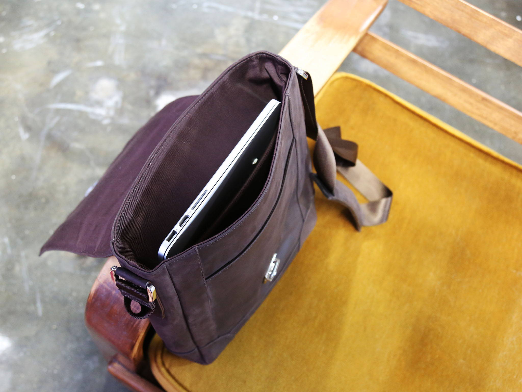 Private label manufacturer of leather goods - olpr