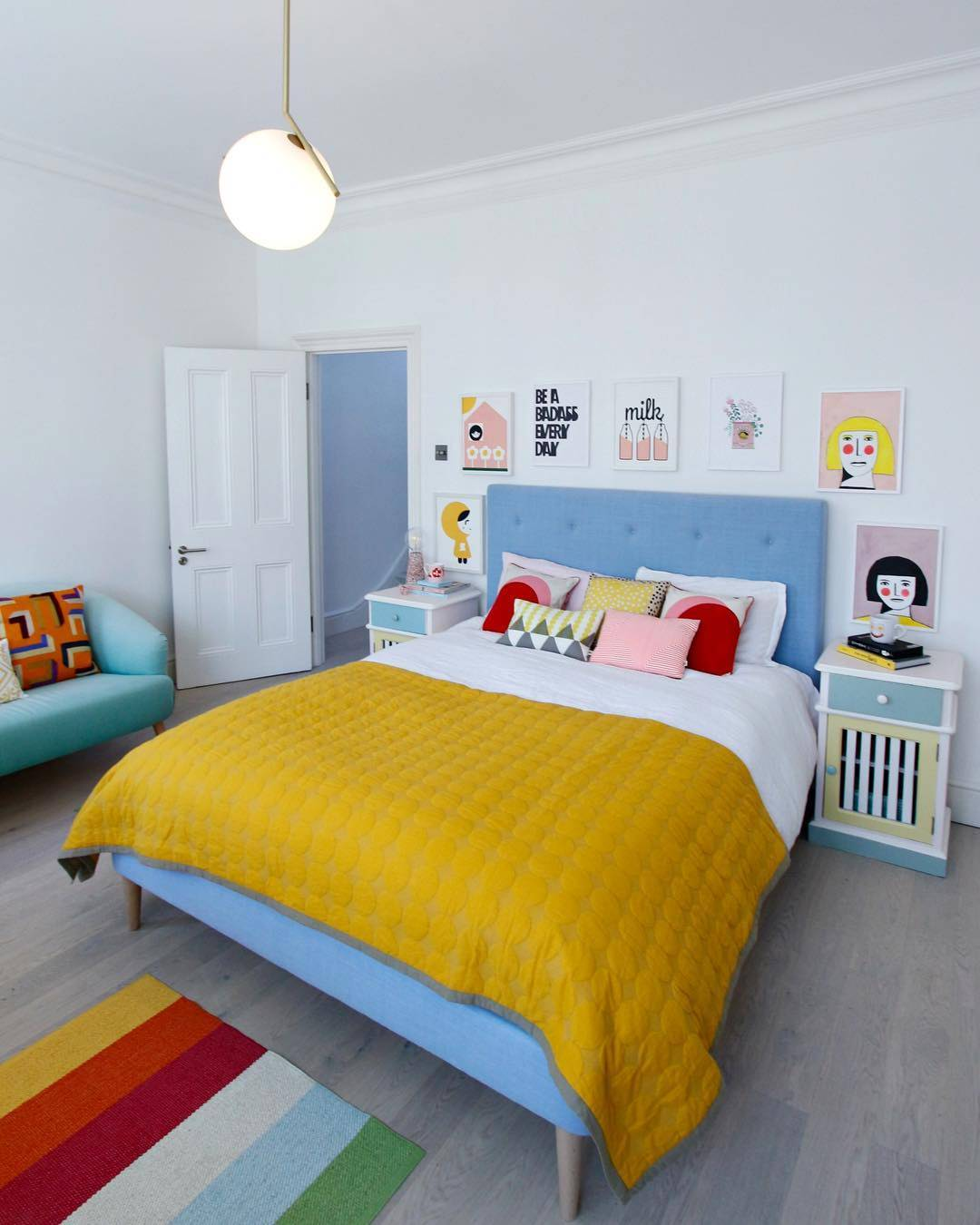 colourful bedroom decor