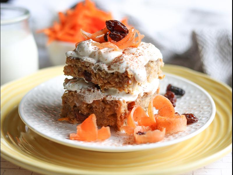 Gâteau aux carottes pour sportifs, recette santé du blogue de Isabelle Huot Docteure en nutrition