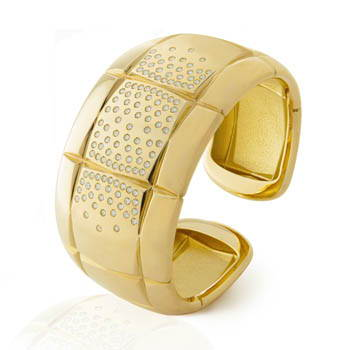 Pave set diamond & gold wrist cuff