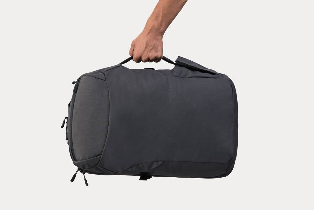 Minaal Carry-on 2.0 - Briefcase mode