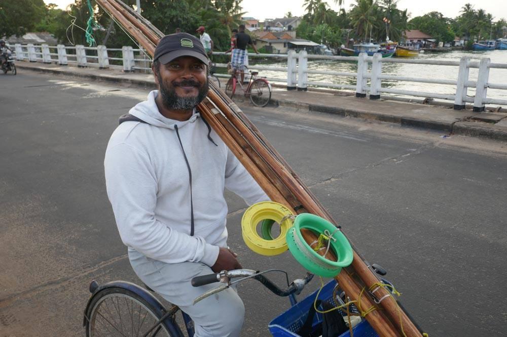 Travelbay Sri Lanka Tours - local fisherman in Negombo