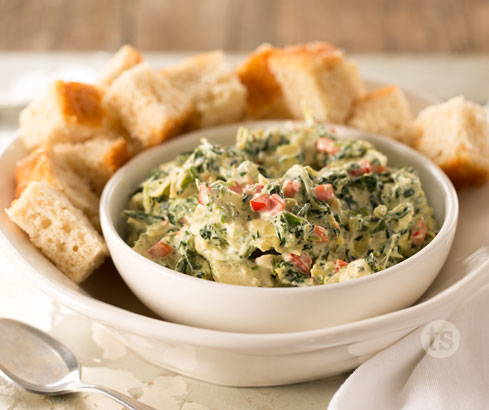 cheesy artichoke & spinach warm dip
