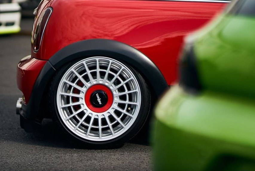 Wheel on Red MINI