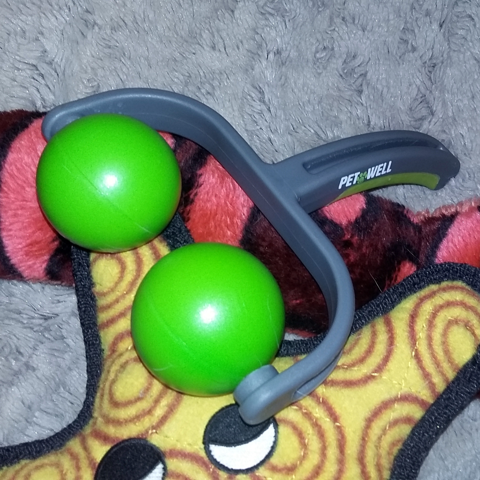 A massager with toys