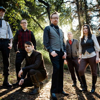 Robert Schmidt of Flogging Molly recycled guitar string bracelets and jewelry