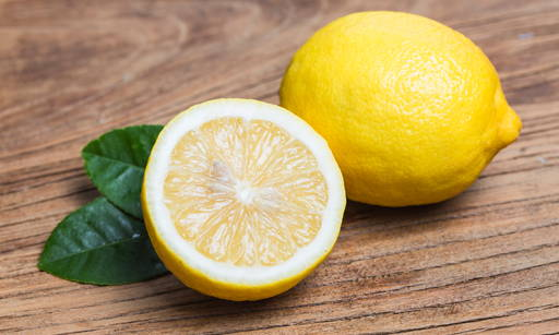 Lemon Oil It is a highly pure mineral and does not require enriching processes