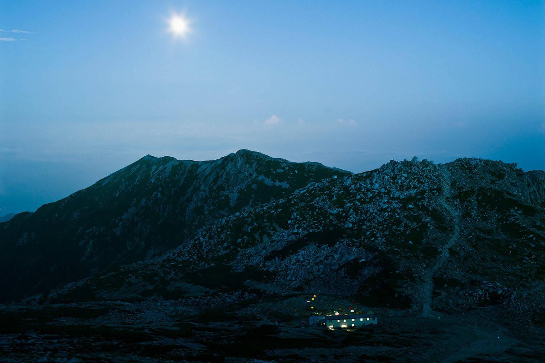 山とカメラを愛するあなたへ。Peak Designで、撮影をもっと楽しく。