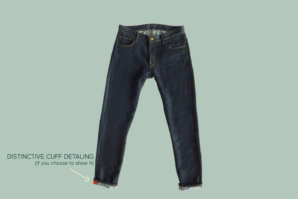 Comfortable again&again jeans with an arrow pointing to the distinctive cuff detailing