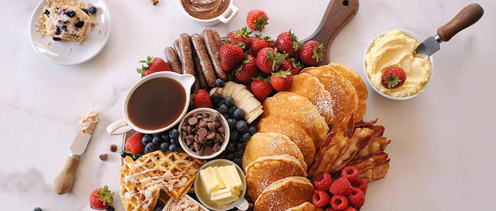 How to Make the Best Breakfast Board
