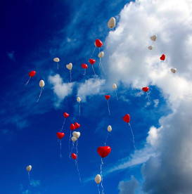 heart-shaped-balloons-flying-in-sky-love-yourself