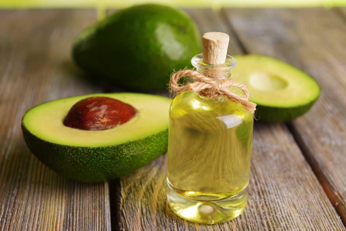 haarmaske-mit-avocado