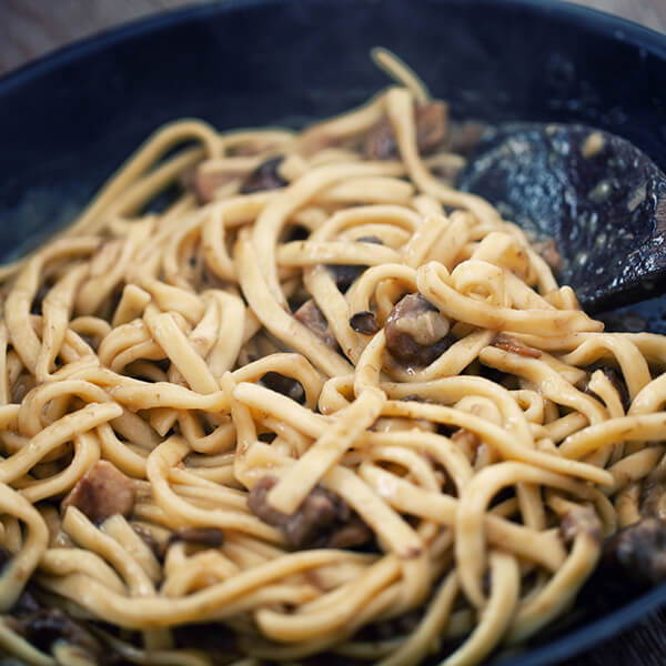 High Quality Organics Express Long life noodles and mushrooms