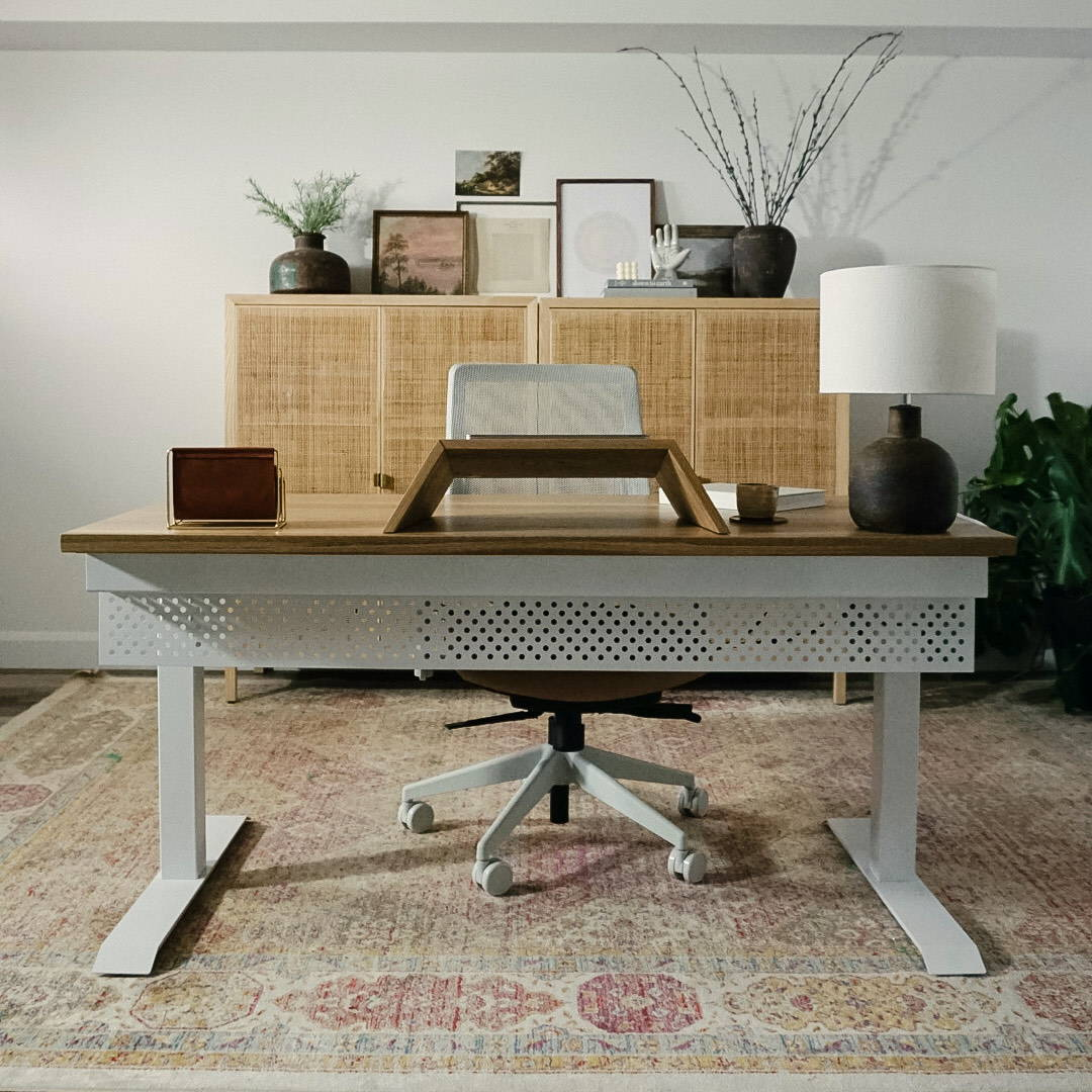 The Sway standing desk - White oak