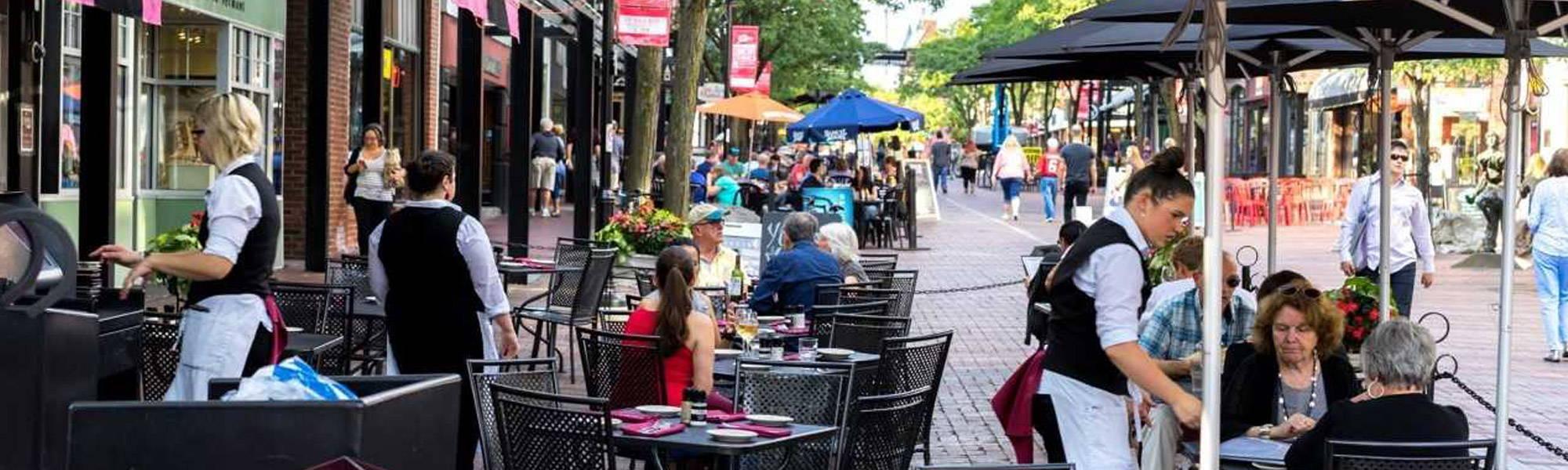 Leunig S Bistro Kid Friendly Restaurant In Burlington Vt