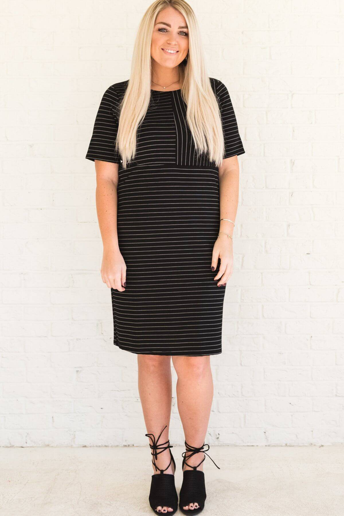 Black Striped Curvy Plus Sized Knee Length Dresses Business Casual for Women