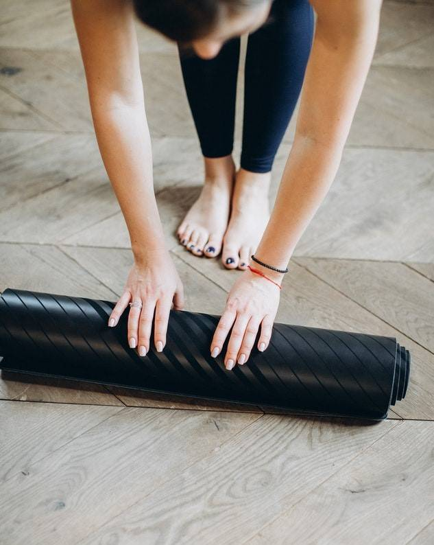 How to Find the Right Yoga Mat for You