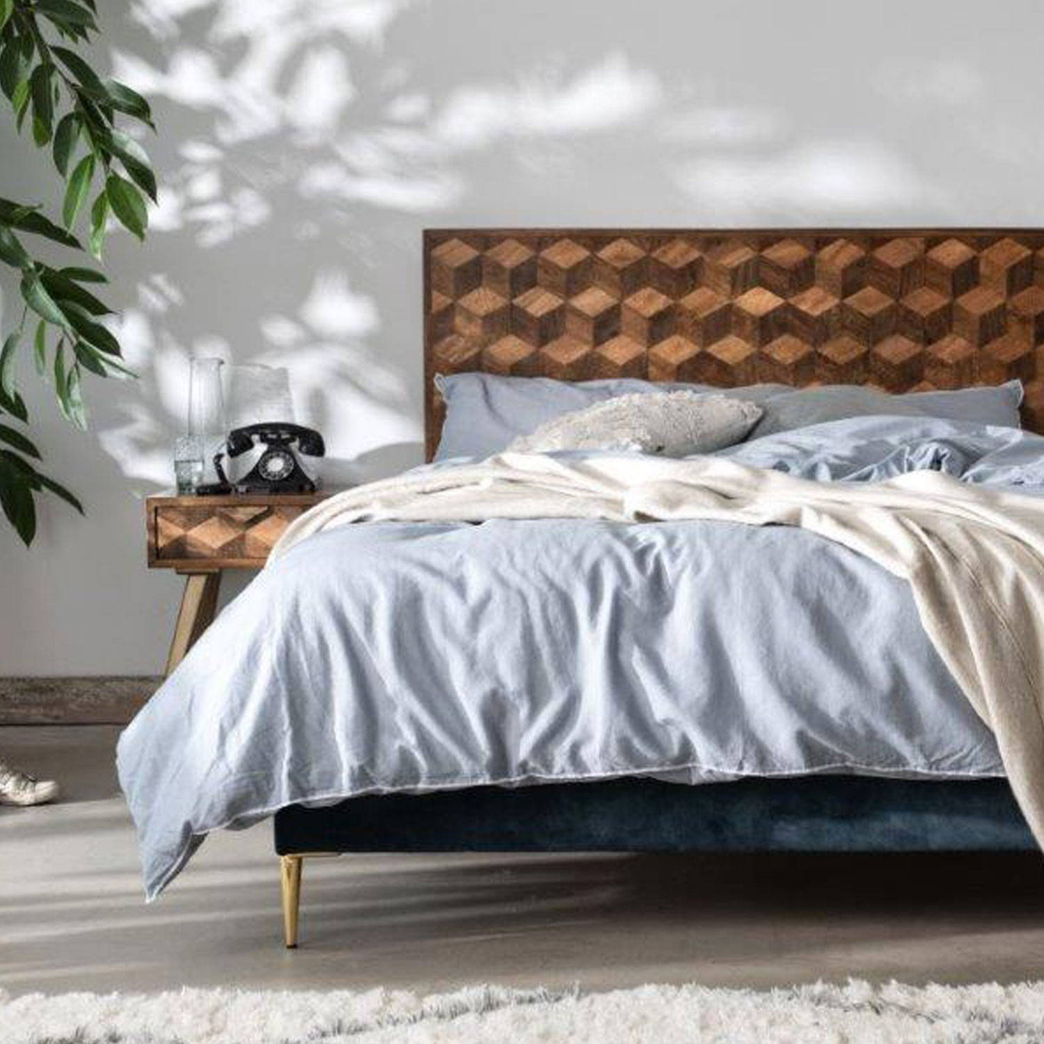 Instock beds with fast delivery
