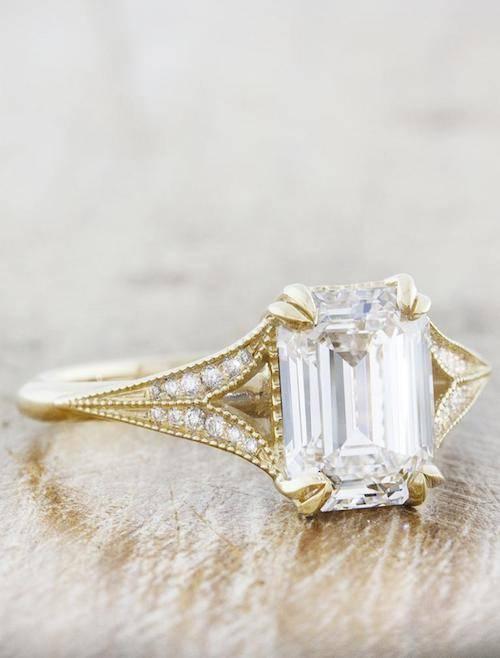 split shank emerald cut diamond yellow gold