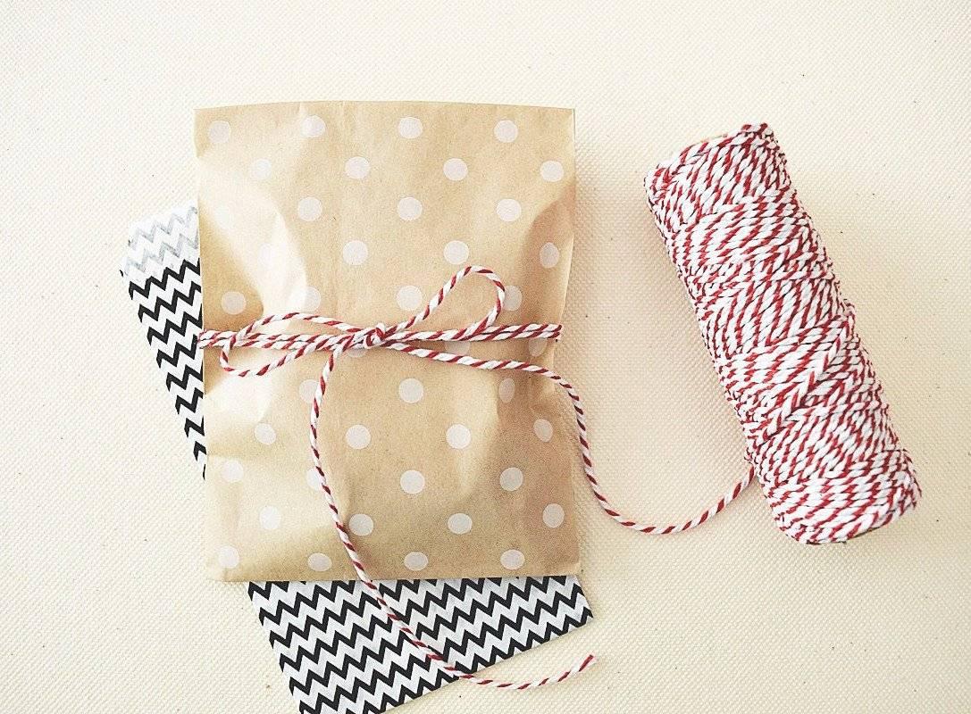 polka dots wedding favor bags