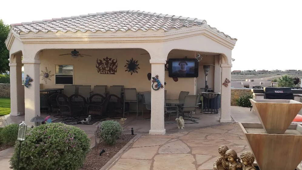 Bar and Grill TV impact resistant for outdoor and weather on patio