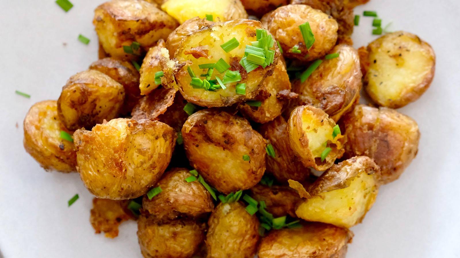 Low FODMAP Crispy Roasted Baby Potatoes
