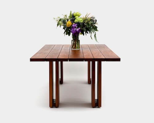 Artless Occidental Table