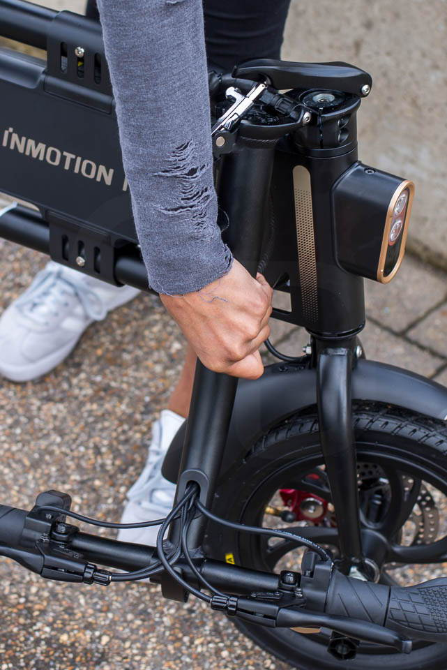 InMotion P1F hybrid scooter ebike handlebar collapsed