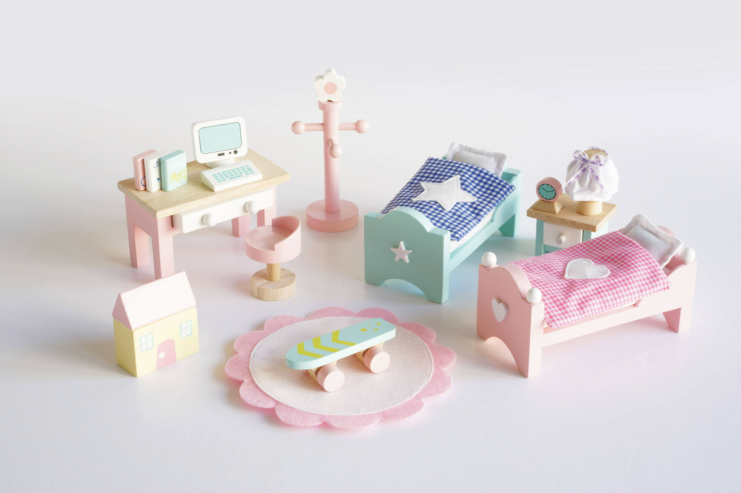 dolls house accessories