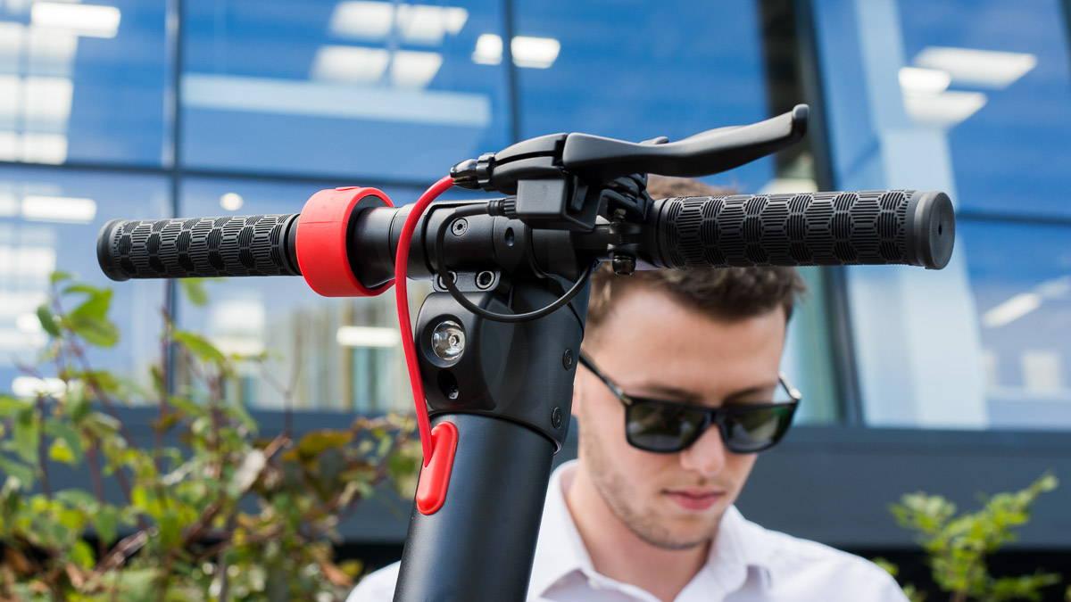 體面的 X7 踏板車控制