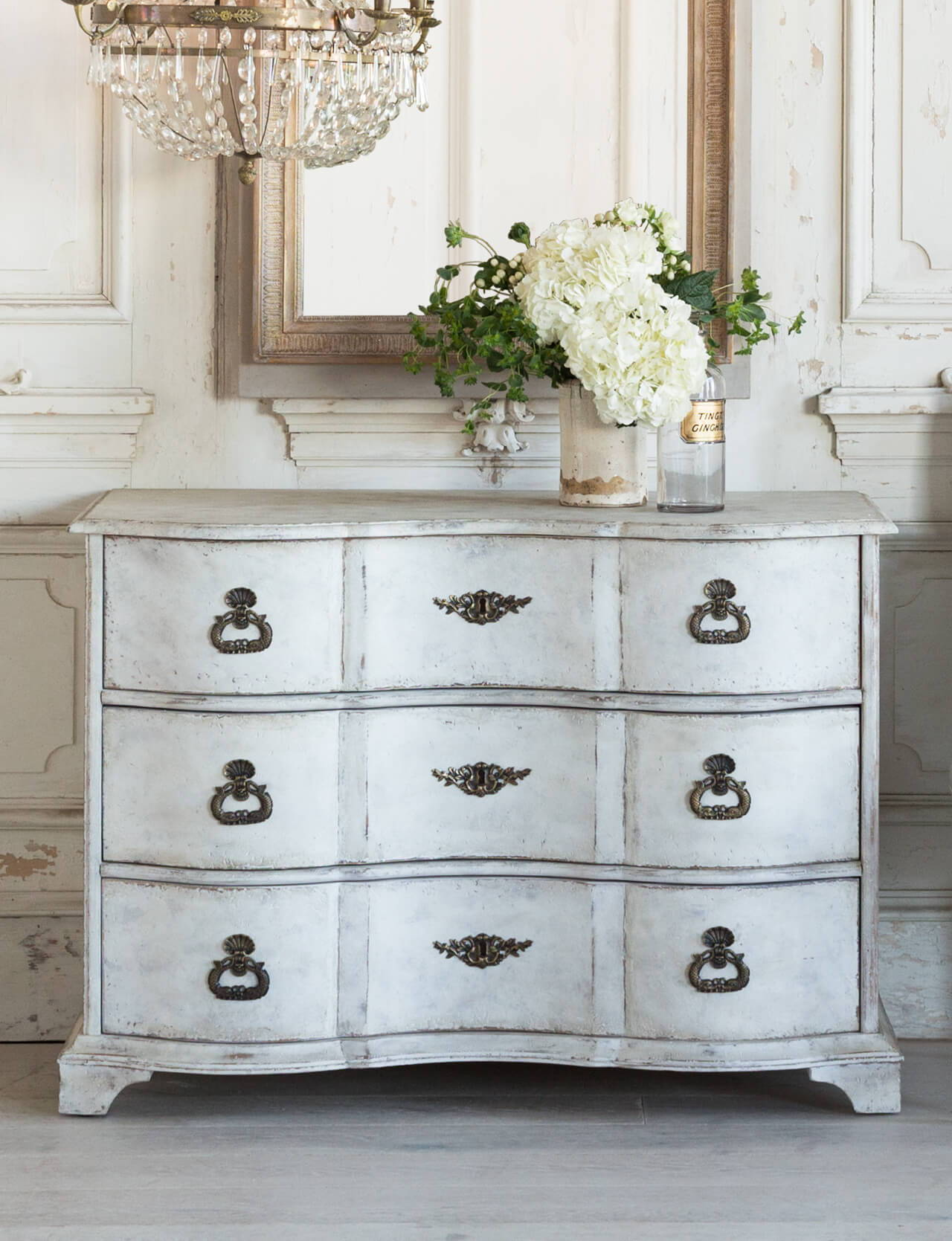 Eloquence® Amboise Commode in Weathered White Finish