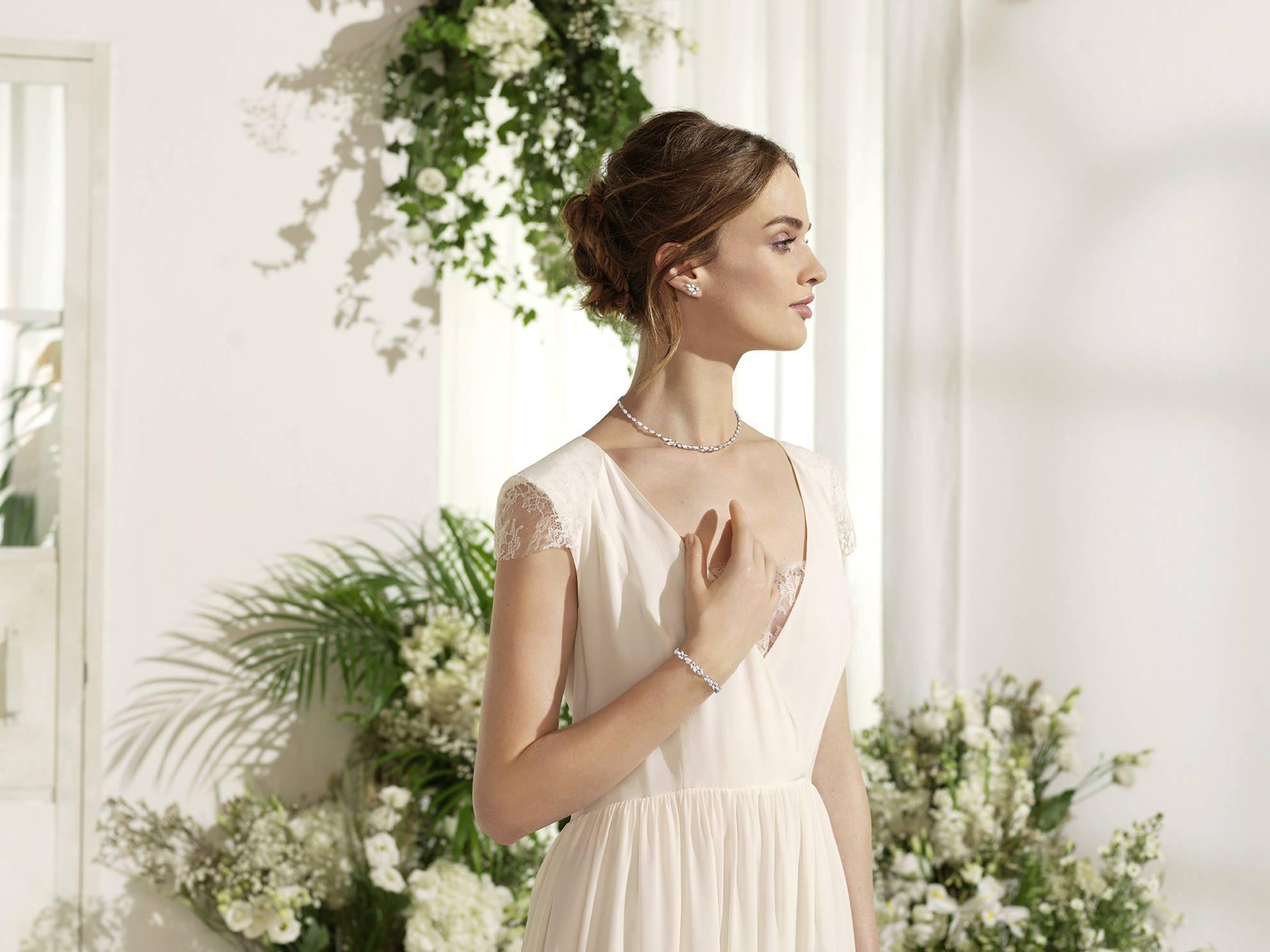 Here Comes The Bride – Rustans.com