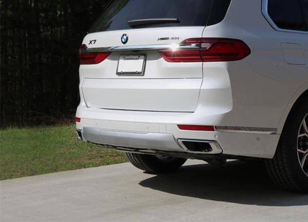 Stealth Hitch Installed on 2019 BMW X7 (G07)