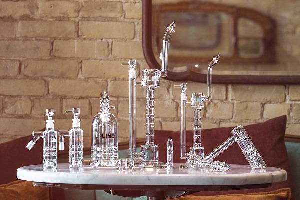Buy GRAV Labs UPLINE Perc Bongs and Borosilicate Glass Pipes at DopeBoo.com