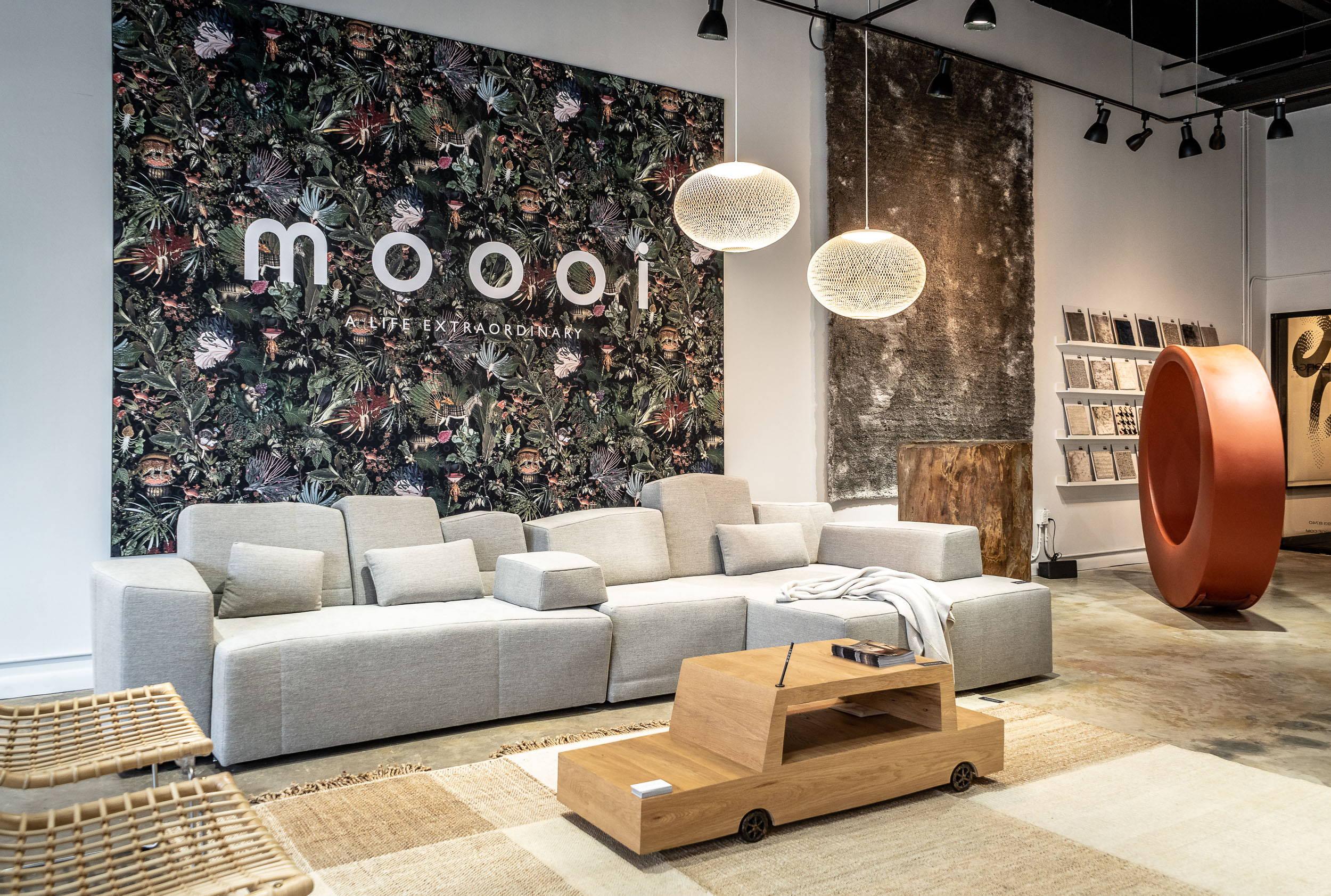 JANGEORGe Interior Design, Miami Showroom with MOOOI, GT Design on display.