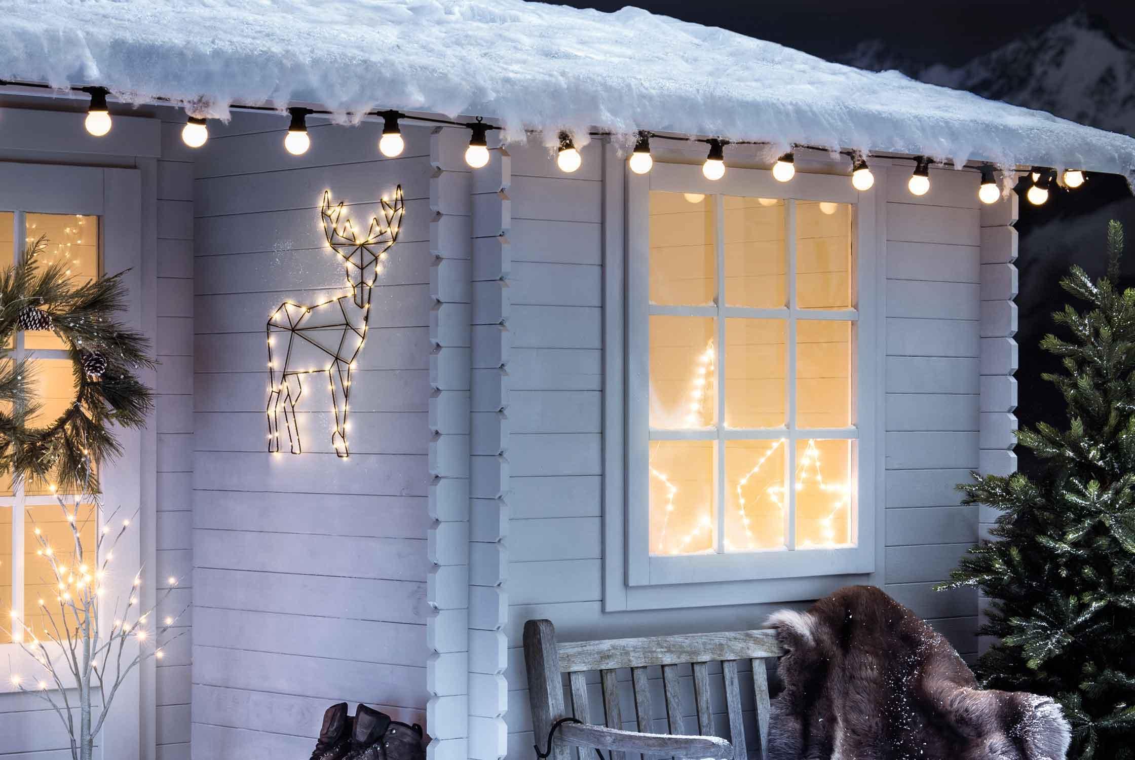 Fenster Weihnachtsbeleuchtung.Ideen Zur Weihnachtsbeleuchtung Im Fenster Lights4fun De