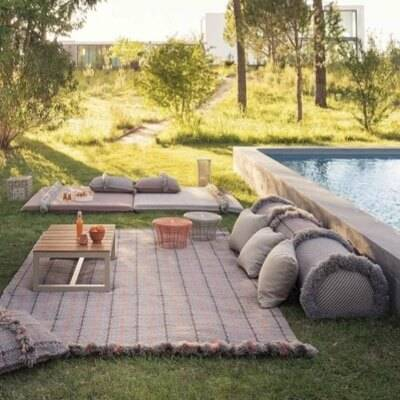 Outdoor Entertaining Rugs