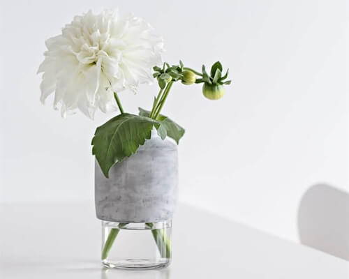 Browse 12 gorgeous contemporary vases and vessels that you need this holiday season.