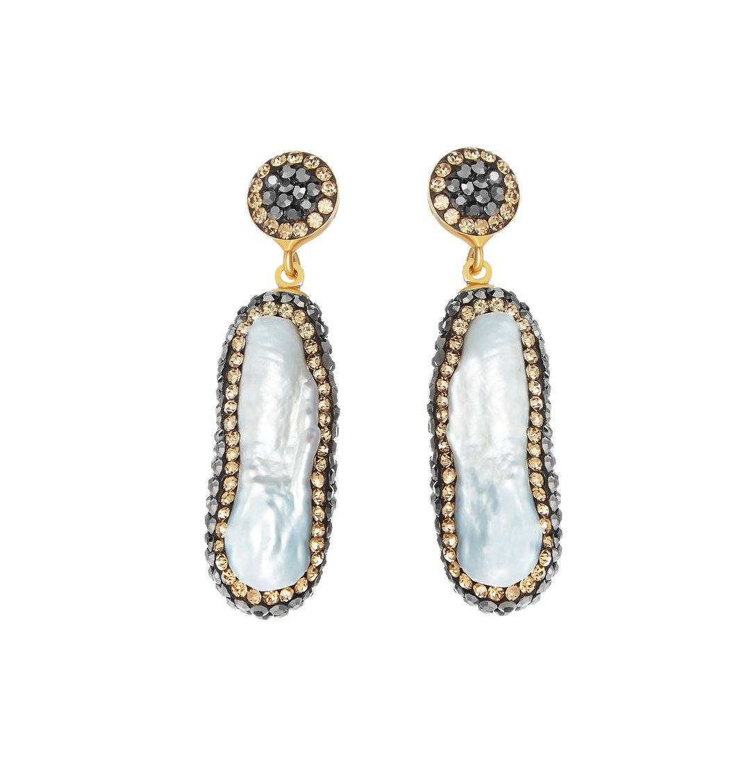 HRH DUCHESS OF CAMBRIDGE WEARS SORU JEWELLERY PEARL EARRINGS, DOUBLE SIDED BAROQUE PEARL EARRINGS SORU, WORN BY KATE MIDDLETON