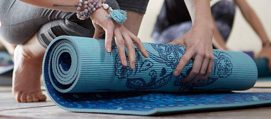 Wholesale Yoga Supplies Bulk Yoga Mats Equipment Gaiam