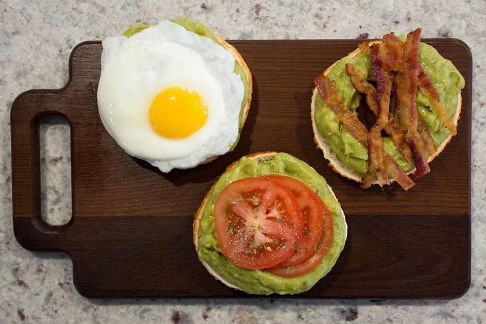 Bagelinos Avocado Toast