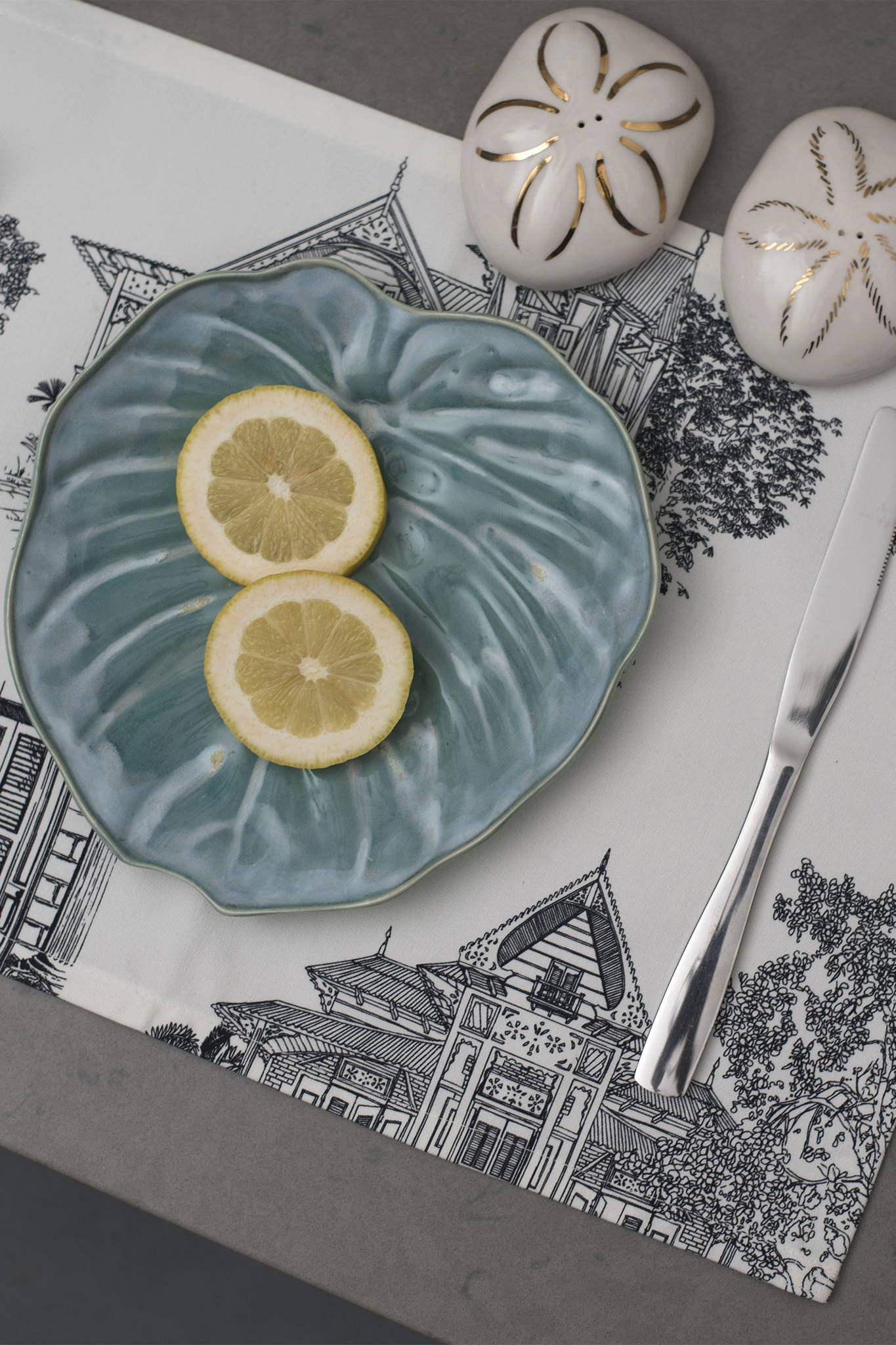 PHILODENDRON SALAD PLATE 2 SET - TEAL $95