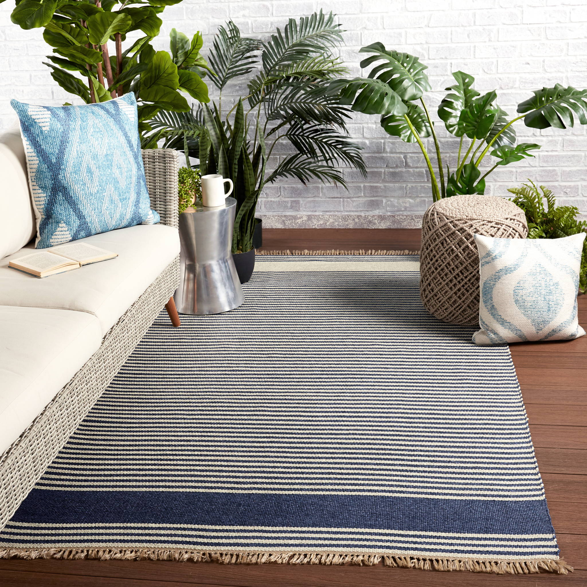 Save on fabulous indoor-outdoor rugs - perfect for any season at the beach