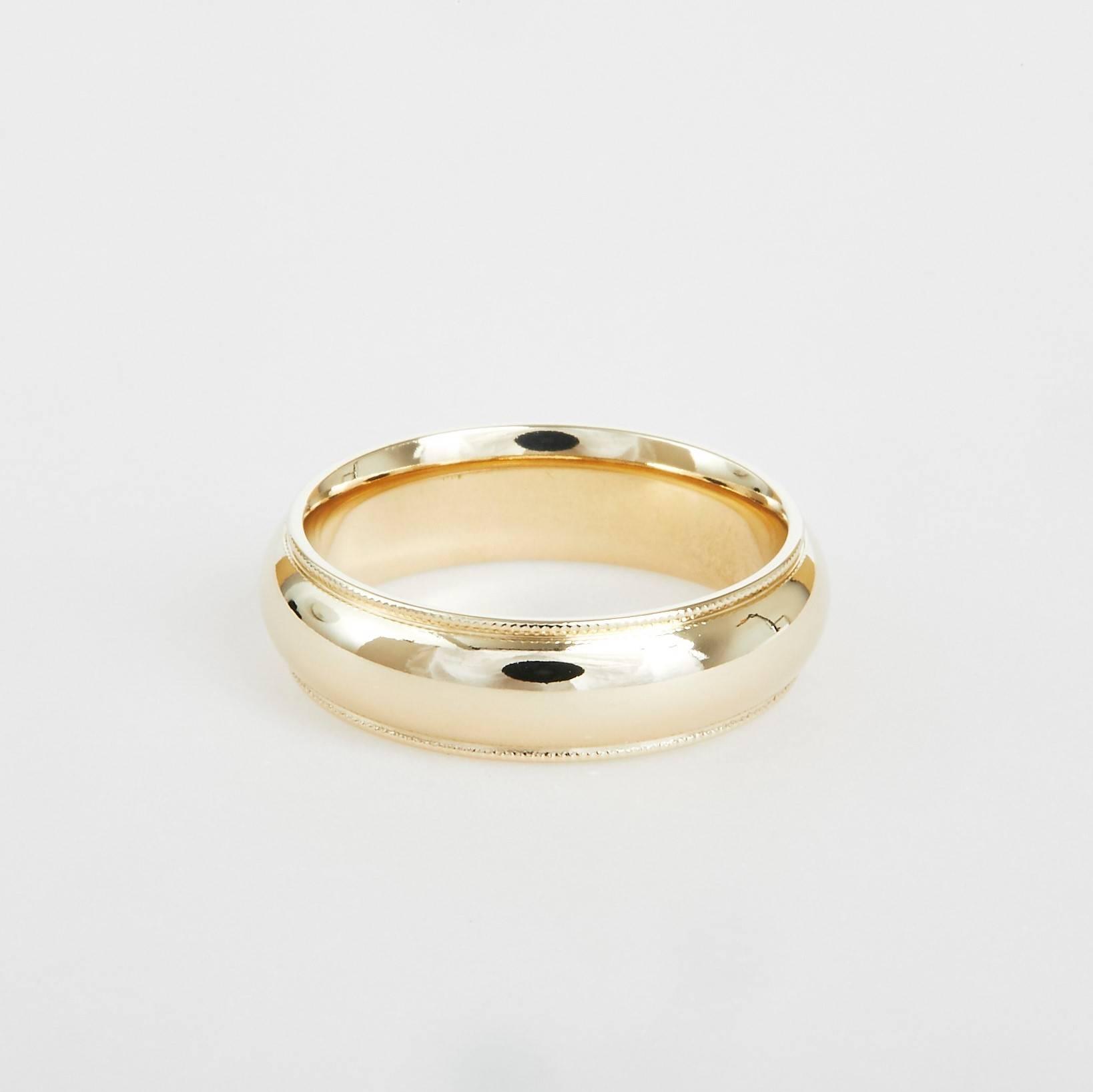 milgrain yellow gold wedding band