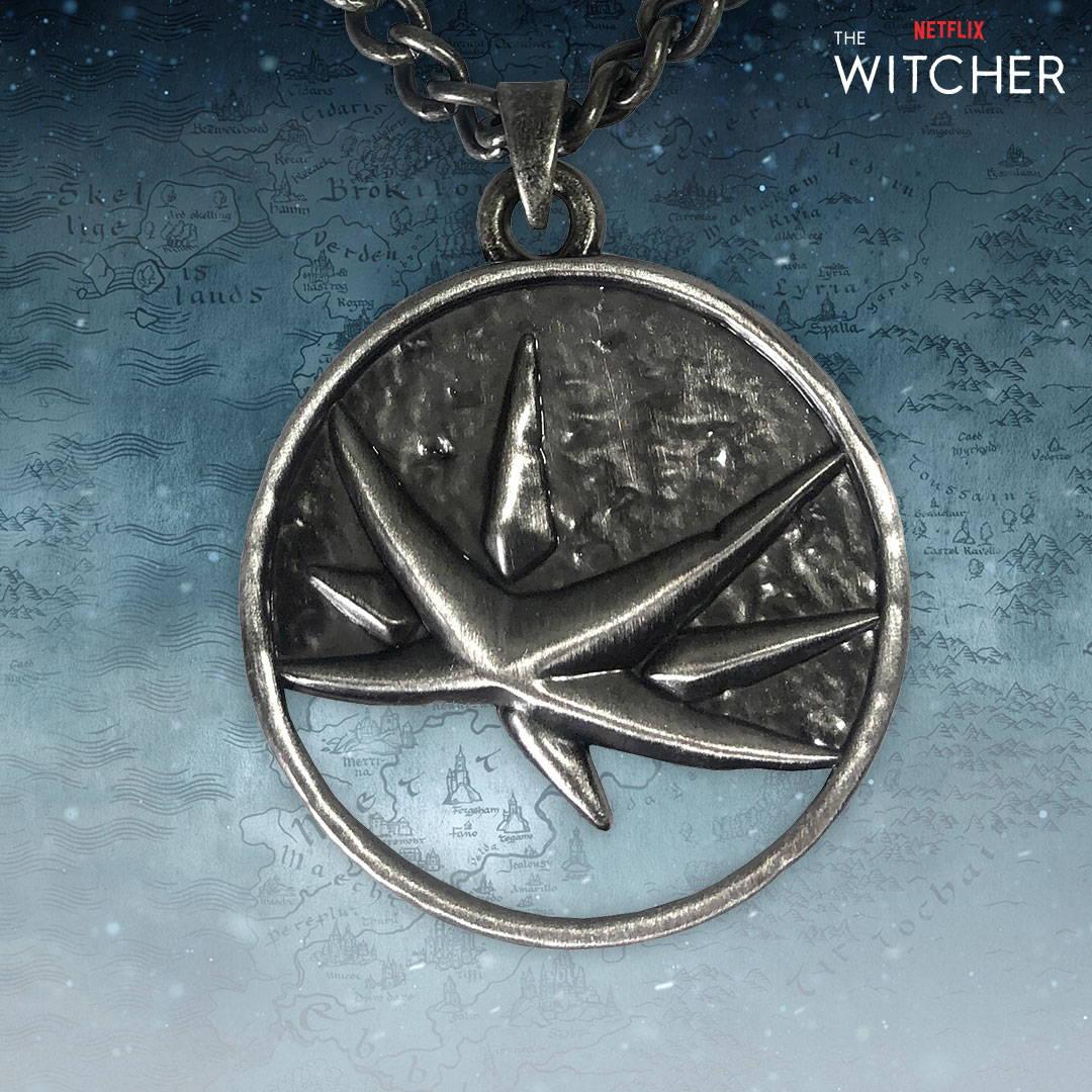 Netflix: The Witcher Yennefer Medallion Necklace