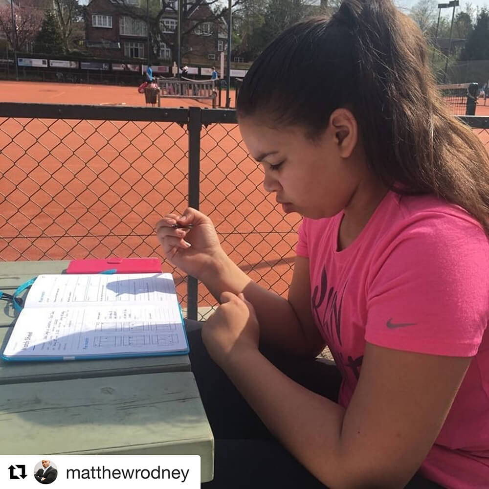 AMZ Tennis and her Journal