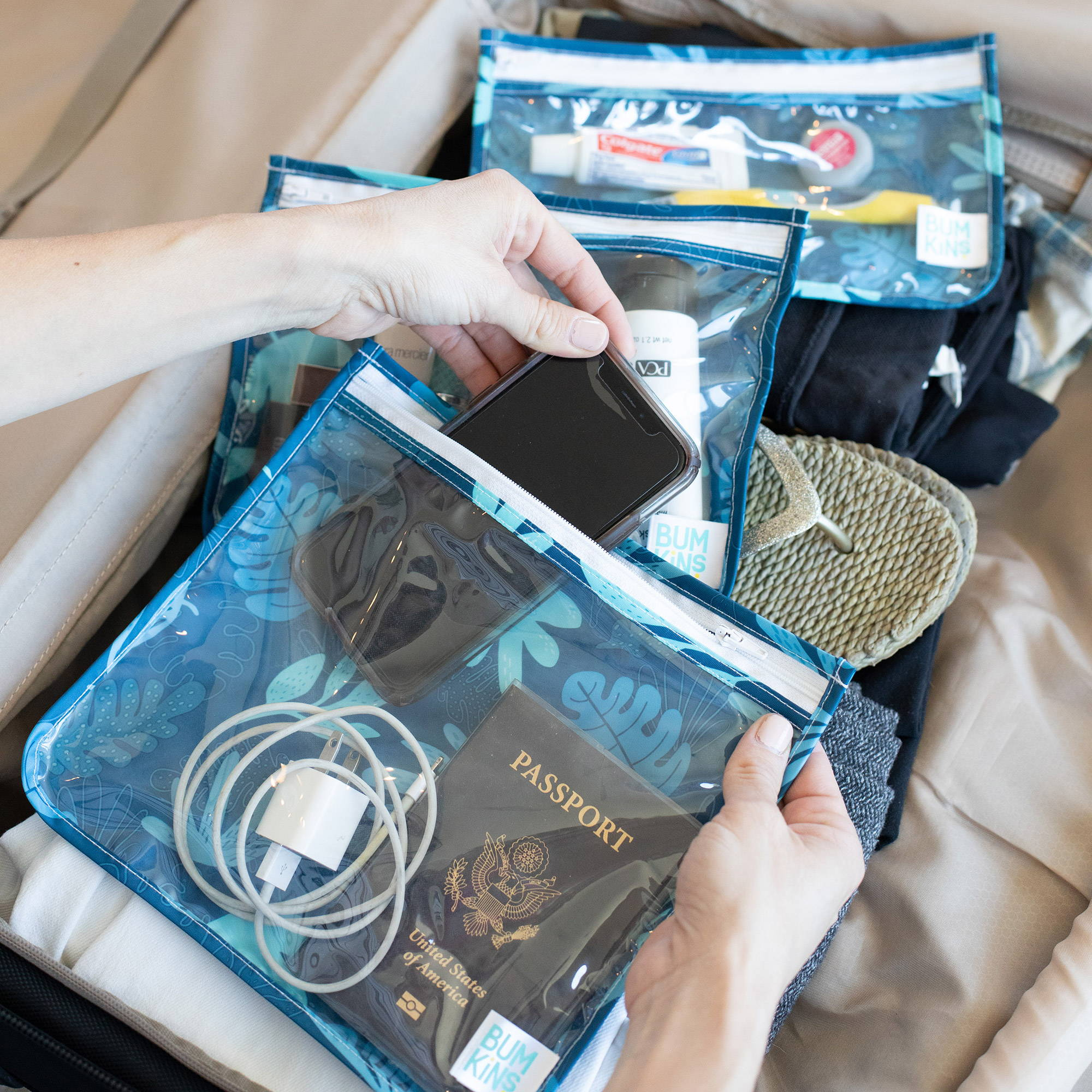 TSA approved travel organizer bags